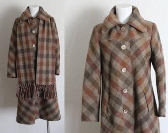 Vintage Wool Plaid Coat / 1970s Wool Plaid Coat / Vintage Wool Coat / Vintage Plaid Coat / Plaid Wool Coat / Size S / M