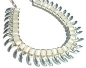 """White Thermoset Necklace on Silver Spiraling Design - Vintage Jewelry Adjustable to 18"""" 1950s Retro"""