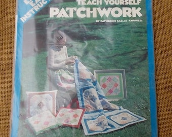 "Vintage Leisure Arts Teach Yourself Patchwork Kit-Material for 15.5"" Square-Inst"