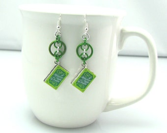 Leaf Library Chainmaille Earrings - Shakespeare