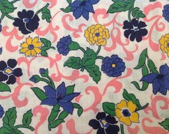 """Vintage floral cotton print late 40's 50's, 34"""" x 50"""""""