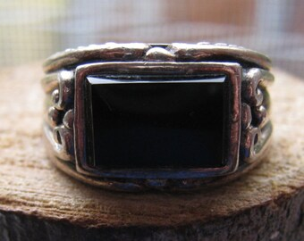 Vintage Sterling Silver Onyx Stone Ring Size 6 Women's Ladies Ring Elegant Victorian Style