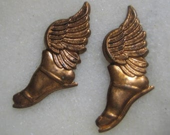 Vintage Winged Feet, Roman/Greek Mythological Gods Hermes or Mercury Sandals/Shoes, Raw Unplated Brass Stampings/Findings, 25x10mm, 1 pr.