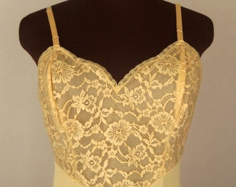 Vintage 60's Full Slip in Golden Yellow Gold Nylon by Vanity Fair Size 34 S/ Small