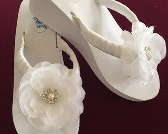Bridal Flip Flops/Wedges.Wedding Flip Flops.Wedding Shoes.White Flip Flops.Beach Wedding.Beach Sandals.Wedding Ceremony.