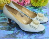 Reserved for now | get it later*** 60s Andrew Gellar light blue pastel pearlescent high heel shoes size 9 M