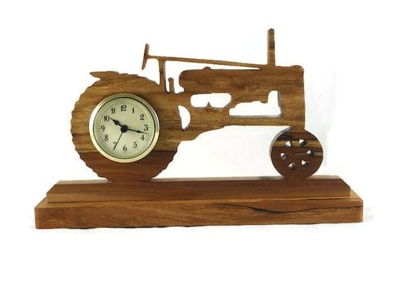 John Deere Desk : Antique style john deere tractor desk shelf clock handmade
