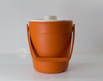 Vintage Rubbermaid Orange Insulated Ice Bucket - Retro Bar and Party Supplies - Neon Color