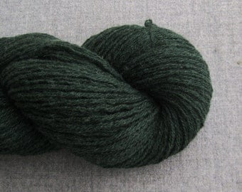Worsted Weight Wool Silk Recycled Yarn, Dark Forest Green