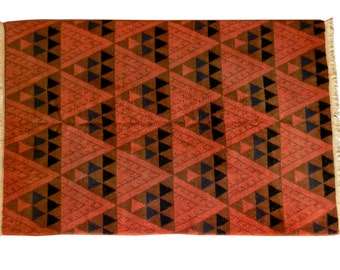Mid-Century Modern Geometric Patterned Vintage Turkish Wool Area Rug, circa 1955 - 1965