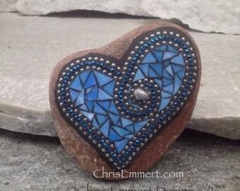 Blue Mosaic Heart, Mosaic Garden Stone, Gardner Gift, Garden Decor, Mosaic Rock