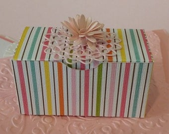 18 boxes for 16.00 - Party Favor Box