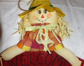 Country Scarecrow welcome sign door hanger - hsw8