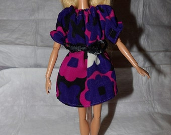 Easy on Peasant dress in purple & pink floral for Fashion Dolls - ed803
