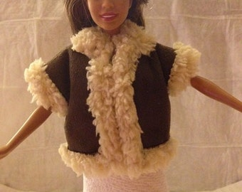 Handmade faux Sherpa & Suede vest for Fashion Dolls - ed816