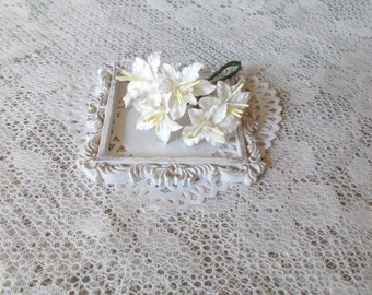 """NEW """"MINI"""" Shabby Chic Lily Flowers for Scrapbooking, Card Making, Altered Art, Tags, Mixed Media, Wedding, White"""