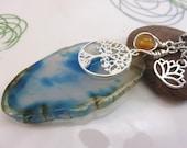 agate slice keychain - gemstone keyring - blue agate bag charm - tree of life keychain - silver  swivel clasp new age yoga