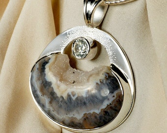 Zircon Agate Quartz Drusy Pendant Necklace in Sterling Silver
