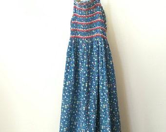 vintage hippie 70s tiny florals dress