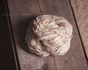 handspun yarn, thick and thin yarn, merino yarn, hand spun yarns, thick and thin yarns, natural yarn, cream yarn, homespun yarn, art yarn