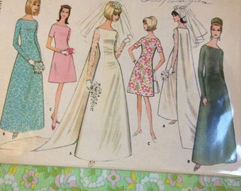 Vintage McCall's 8558 Gown & Train Wedding Dress Sewing Pattern 32 Inch Bust 1960s