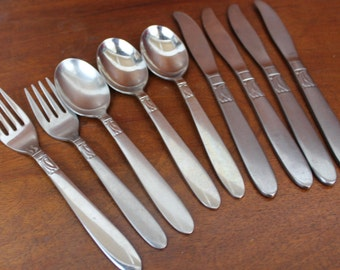 INTERNATIONAL CREATION I Vintage Silverware Stainless Flatware BIN 14