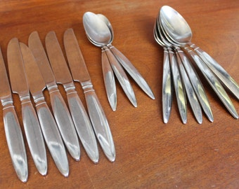 Vintage Stainless Silverware set  FARBERWARE knife spoon Stainless in DINER pattern Mid Century Modern BIN 48