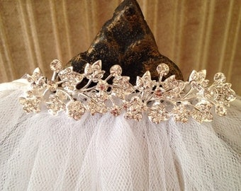 Rhinestone Comb with veil For First Communion/Choice of trim on veil,Communion Accessory, Communion Headpiece,Communion Hair Accessory,