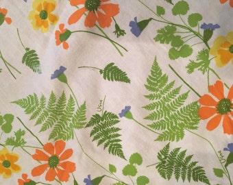 "Vintage Vera Round 64"" FloralCotton Tablecloth"