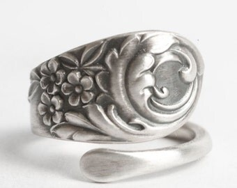 Small Floral Ring, Spoon Ring Sterling Silver, Antique Spoon Ring, Swirl Flower Garden, Antique Towle ca 1890 No. 6, Custom Ring Size (6121)