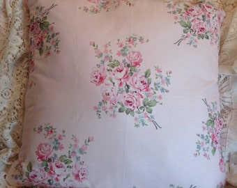 Shabby Chic pillow cover Lovely rose bouquet sprays