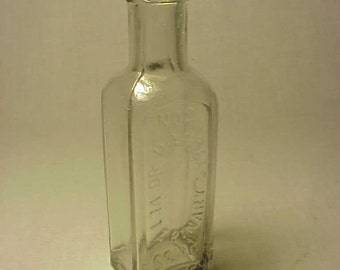 c1890s Dr Daniel's Veterinary Colic Drops No. 2 Boston, Mass., Cork Top Veterinary Medicine Bottle No. 3