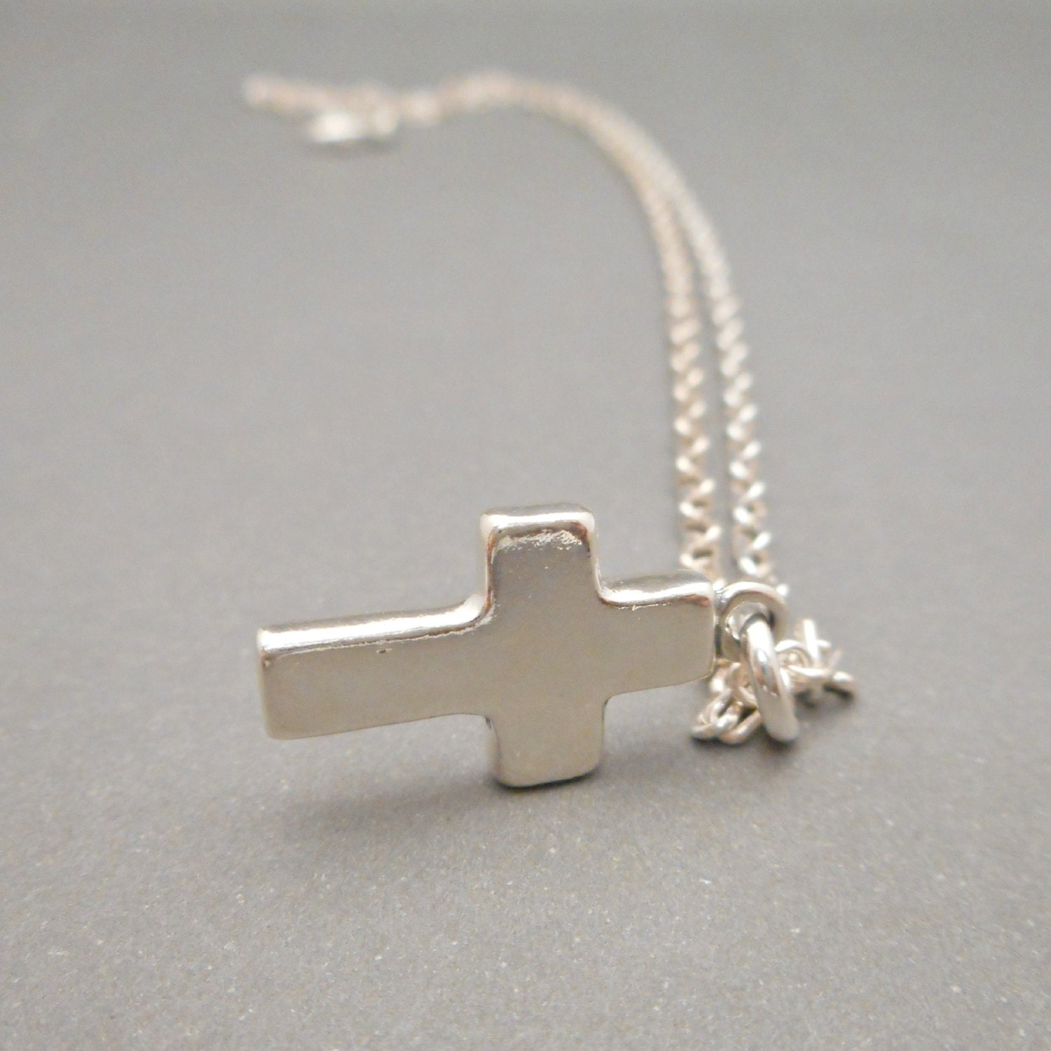 sterling silver cross necklace mens jewelry womens. Black Bedroom Furniture Sets. Home Design Ideas