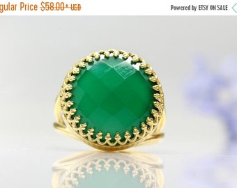 SUMMER SALE - green onyx ring,gold ring,gemstone ring,green jewelry,faceted ring,large ring,vintage ring,lace ring