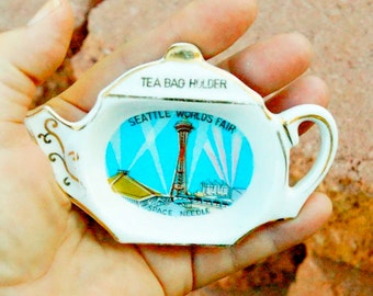1962 Worlds Fair Heart Dish and Tea Bag dish made in Japan