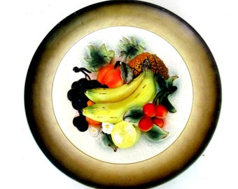 Three Dimensional Fruit Plate Wall Hanging 1960s 1970s Napcoware Japan