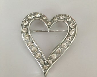 Lisner Rhinestone Heart Brooch Mid Century Jewelry Pin