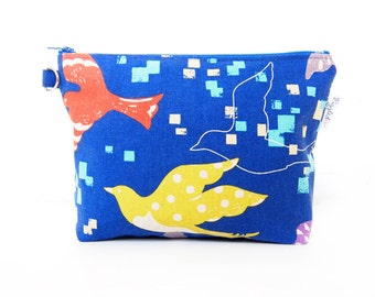 SALE: 30% OFF - Makeup Pouch / Toiletry Bag with a Flat Bottom with Optional Wristlet - Echino Blue Birds