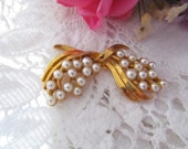 Costume Jewelry Brooch, Faux Pearl Beads, Gold Tone Metal, Costume Jewelry Brooch, Pearl Bead Pin