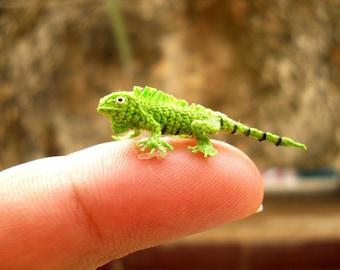 Micro Green Iguana - Miniature Crochet Mini Lizard stuffed animal - Made To Order