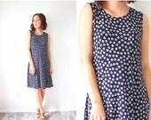 20% OFF BIRTHDAY SALE Vintage boho black floral summer dress // daisy flowers // midi length dress // boho mini dress // summer floral dress