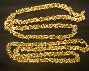 "Vintage 2 20"" GOLD MONET CHAIN Necklaces"