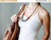 FLASH SALE Black & White Nursing Necklace in all apple wood - KangarooCare Europe