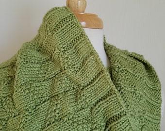 Soft Leaf Green Seed Stitch Bamboo Women's Cowl