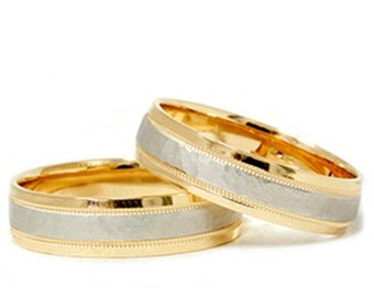 Matching 18k Gold & Platinum Hammered Wedding Band Set