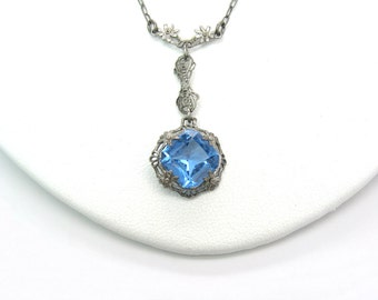 Art Deco Crystal Necklace. Blue w/ Rhodium Silver, Floral Filigree. Lavalier Necklace. 1920s Vintage Art Deco Wedding Jewelry. Geomteric