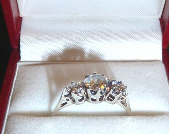 Vintage 925 Sterling Silver 3 Stone Cubic Zirconia Ring sz 8 Engagement Antique