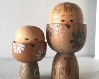 "Vintage pair of sosaku Kokeshi "" tamago """