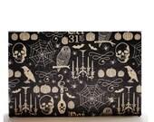 Halloween Magnetic Makeup Palette Goth Eyeshadow Empty Organizer Storage - The Castle of Otranto