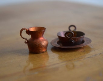 Vintage dollhouse miniature handmade copper kitchen plate, bowl & pitcher